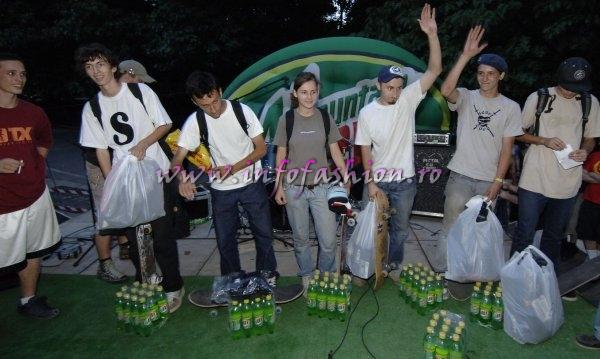 Sport Skateboard Trick Bucuresti 2006 Mountain Dew Skate Park Herastrau (Powered Infofashion Platinum Agency Romania)