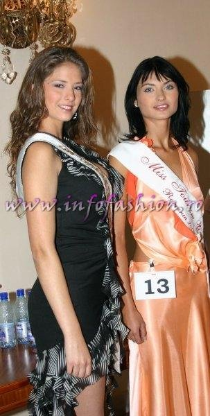 Alina Ciorogariu, castigatoarea Miss Tourism World 2003 in Venezuela si Sorana Nita, ce va reprezenta Romania la Miss Tourism World International Final la Cascada Victoria
