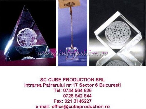 Cube_Production Laser Crystal Design Produse promotionale din cristal optic gravate 3D. Expozitie la Festival Valea Prahovei 2006