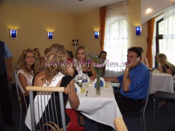 2003-Visit at Hotel Marami Sinaia - Miss Tourism Europe