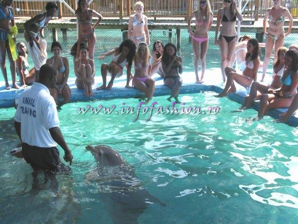 Bahamas_2006 Dolphin Encounters and Miss Intercontinental in Bahamas (Photo:Oana Georgescu)