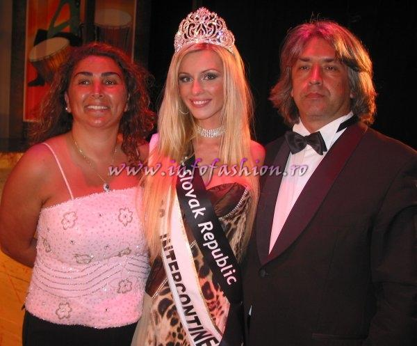 Winners, Prizes, Jurry MISS Intercontinental Final-15 OCT.2006 Dr. Yasar Sarigul (Lacomed Clinic - Berlin si Istanbul) and his family