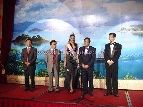 2006-Florina Manea (Romania), winner of Miss Tourism International in China Heyuan, province Guangdong- 11th edition (25.OCT-12 NOV.)
