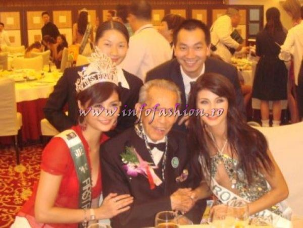 Ramona_Jalba Romania with Charlie See (photo) 2006 at 33th ed. Miss Bikini International in China Infofashion Platinum Ag.