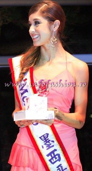 Mexico_2006 Priscila Trejo, runners up prizes at the Fashion & Beauty Award at Miss Bikini World in Taiwan