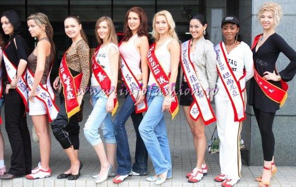 Russia-Natalya Mironennko at Miss Bikini World 2006 in Taiwan