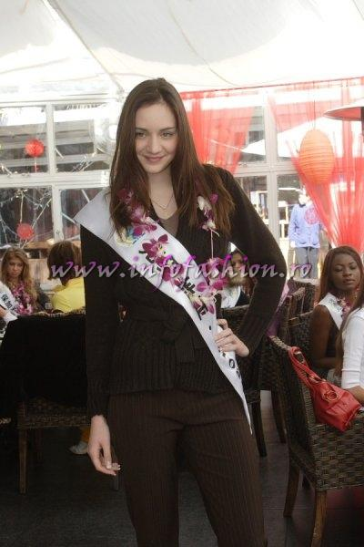 Croatia_2007 Katica Rakuljic at Top Model Of The World in China, Kunming, Yunnan (WBO)