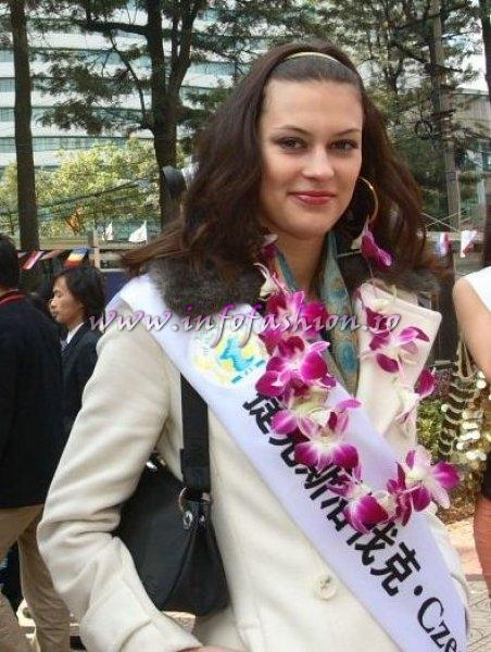 Czech_Rep_2007 Miroslava Kostanova at Top Model Of The World in China, Kunming, Yunnan (WBO)
