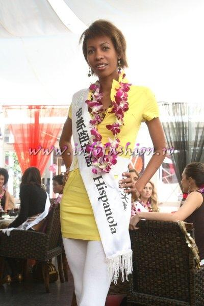 Caribbean_2007 Islands Hispanola Deyanira Bary Seberino at Top Model Of The World in China, Kunming, Yunnan (WBO)