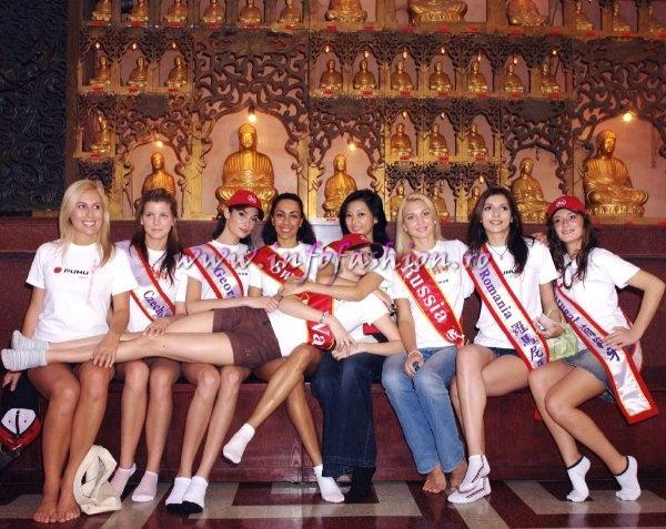MTW 2006 Taiwan Tourist Attractions at Miss Bikini World-b