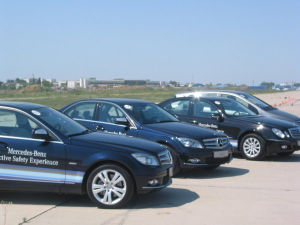 Auto Programul Mercedes-Benz Active Safety Experience 2007