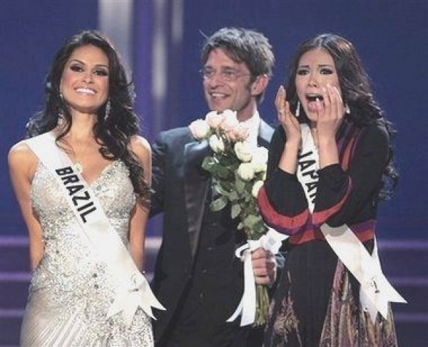 1st runner up at Miss Universe 2007, Natalia Guimaraes, Riyo Mori, Winner of the Miss Universe 2007