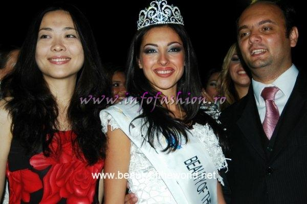 Ms. Ma Yongmei, Mr. Zamir Huseynov (WBC Co-presidents) and Miss Elena Potana, Russia, Winner of Beauty of the World 2007, in September in Yichang city, Hubei province, P.R.China