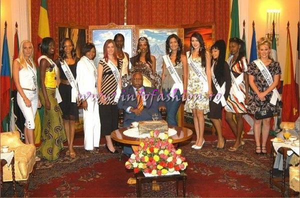 Group of Miss and the President of Ethiopia (Credit: Alessandro Zanazzo, Italy)