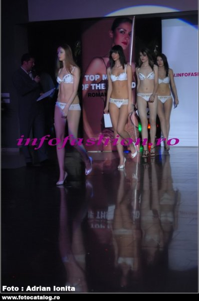 PIERA Lenjerie, Costume baie 2008 la Top Model of The World si Miss Intercontinental Romania Pitesti /Infofashion Platinum Ag Lingerie
