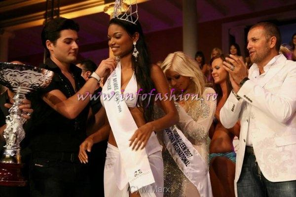 Malta 2008 Miss Venezuela, Winner of World Bikini Model International, catalin Botezatu, Romanian Designer (right)