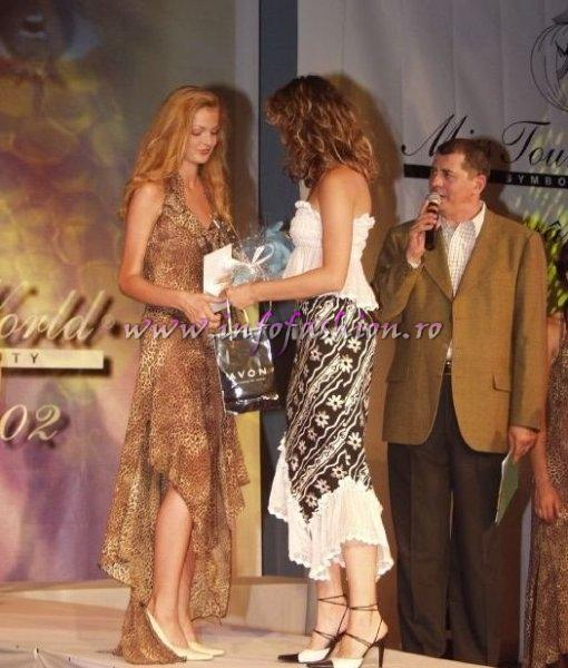 Premiul de Popularitate la Miss Tourism World Romania 2002