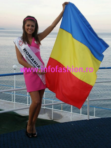 Romania Laura Barzoiu & Contestants, touristic tour in the south est of Albania at Miss Globe International 2008