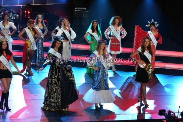 W_&_ Designeri World Fashion National Costume at Miss Intercontinental, 37 edition in Poland (Pow. Romania Infofashion Platinum Agency)