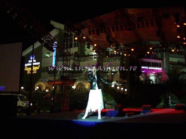 Luminita Anghel pe scena Miss Tourism Europe 2003