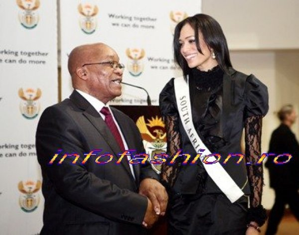 20MW ACTUAL NEWS President of South Africa, Jacob Zuma, met Miss World contestants at the Presidential Palace in Pretoria 2009