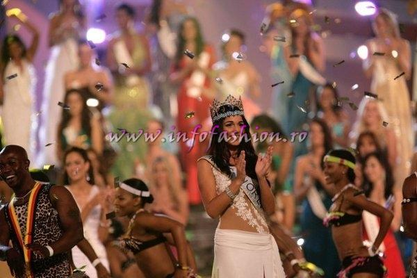 2009MW Gibraltar Winner Miss World- Kaiane ALDORINO and Miss Beach Beauty at Miss World in South Africa