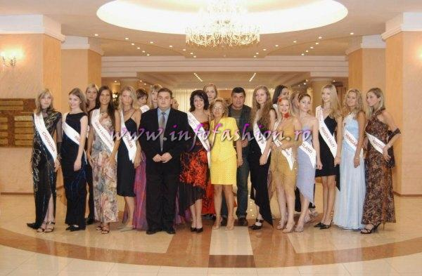 Platinum_2003 Ag InfoFashion visit of Miss Tourism Europe Contestants at New Montana Hotel in Sinaia, Romania