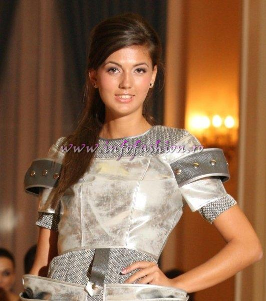 Cristina_Bisoceanu locul 2 la Miss World Romania 2010 org. Platinum Ag InfoFashion
