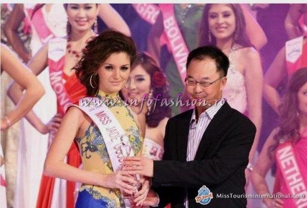 Alina_Mirt 2010 Romania la Miss Tourism International in Malaysia 12 DEC. 2009- 2 IAN /Infofashion A_176CM