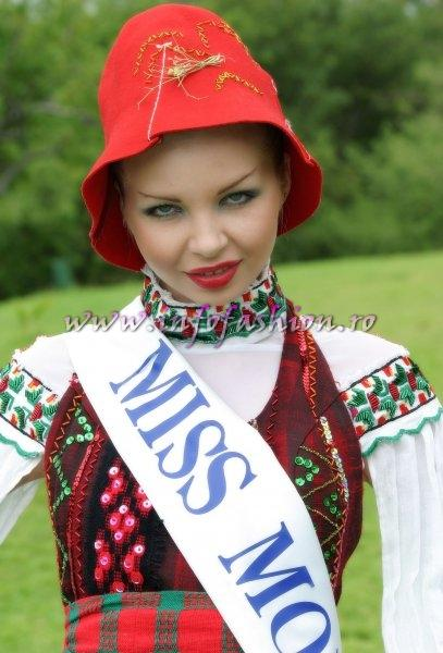 MoldovaRep_&_2005 at Miss Tourism World in Zimbabwe
