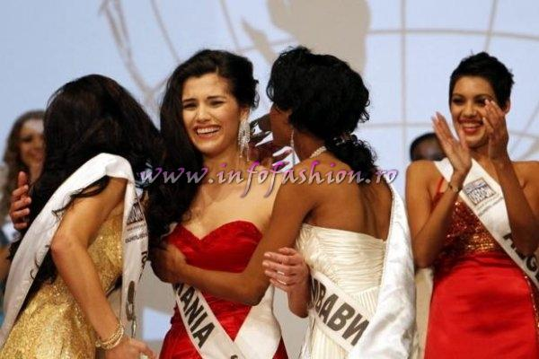 (1st ru) Baltic Sea- Katerina Fedosejeva, Winner Romania- Loredana Salanta, Zimbabwe- Vanessa Sibanda (2nd ru) in Germany! Studentin aus Rumanien ist Top Model of the World Foto DPA