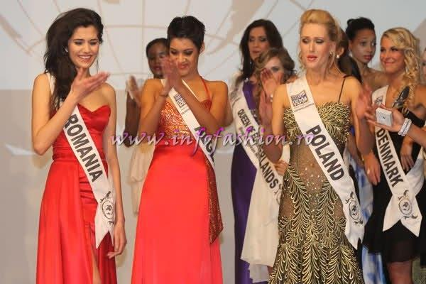 (1st ru) Baltic Sea- Katerina Fedosejeva, Winner Romania- Loredana Salanta, Zimbabwe- Vanessa Sibanda (2nd ru) in Usedom, Germany! Studentin aus Rumanien ist Top Model of the World Foto DPA