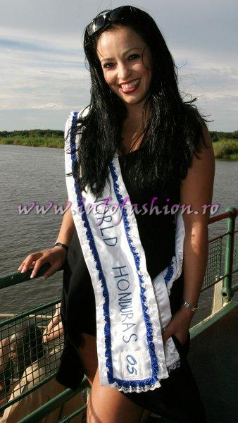Honduras at Miss Tourism World 2005 in Zimbabwe (Photo: Frank Thompson)