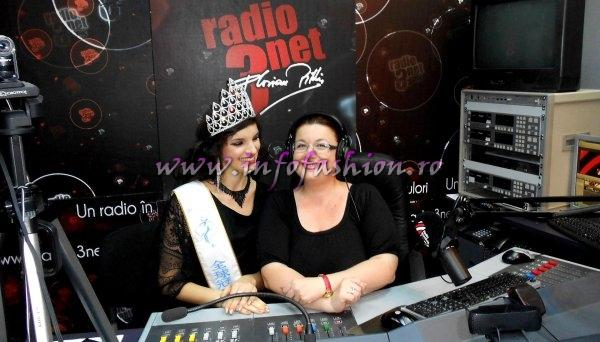 Cristina David si Madalina Ion in Studioul RADIO ROMANIA 3NET FLORIAN PITTIS