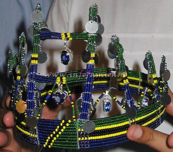 Tanzania_2006 Dar-es-Salaam, Crown Presentation for Model of the World MTWO 2006