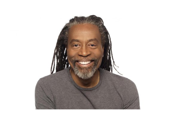 Muzica Concert Extraordinar Bobby McFerrin in Turneul International CircleSongs in Romania