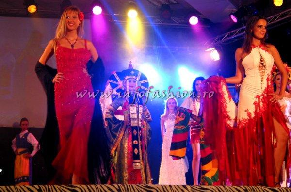 Spain- CARLA PUENTE & Warsaw- PAULA MARCINIAK At Model Of The World 2006 In Tanzania