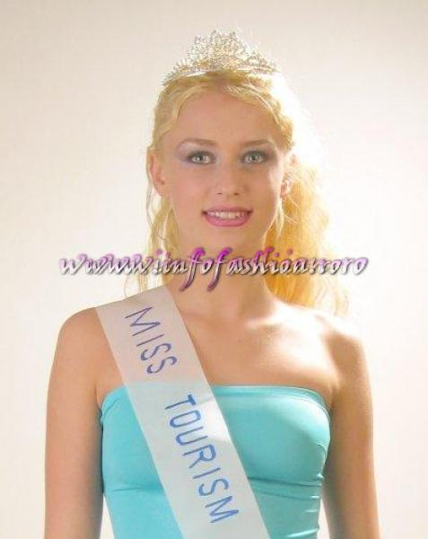 2002-Miss Tourism World Romania: Ana Alexandra Stoian, Focsani